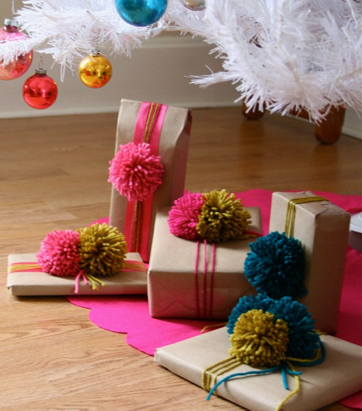 Picture of yarn and pom gift wrap ideas