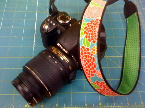Handmade Crafty Camera Strap (via journeytomarvelous)