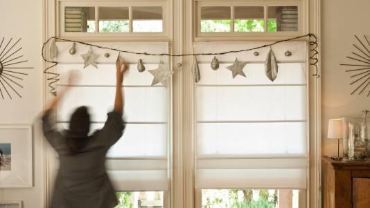 DIY Holiday Glitter Garlands