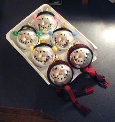 DIY Glass Ornament Snowmen