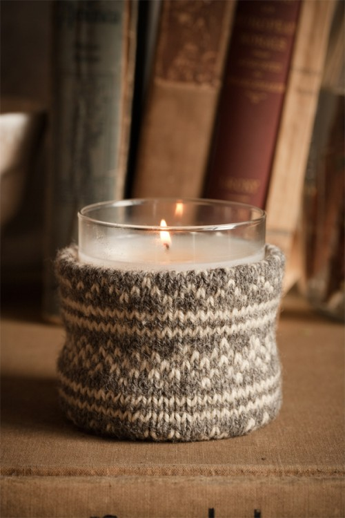 Sweater Candle Holder (via shelterness)