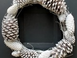10 Diy Pinecone Wreath For Fall And Winter Decor