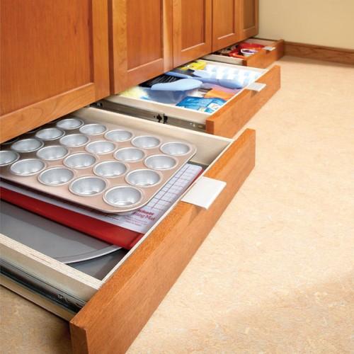 DIY Under-Cabinet Drawers (via familyhandyman)