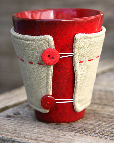 17 Stitched DIY Mug Cozy Tutorials