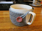 Crochet Mug Cozy (via practicallyfunctional)
