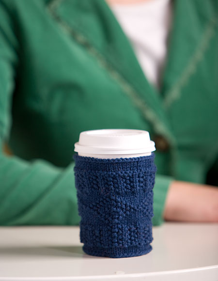 Free Quick Cup Cozy Pattern (via knitpicks)