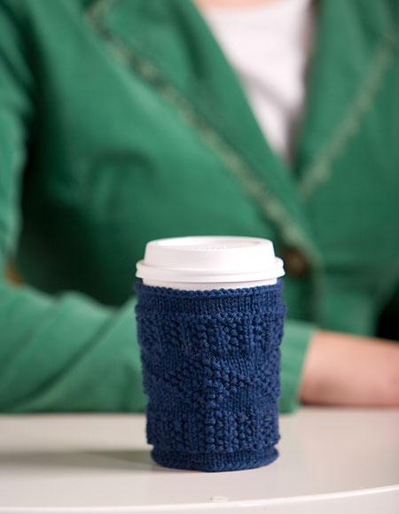 Free Quick Cup Cozy Pattern (via knitpicks)
