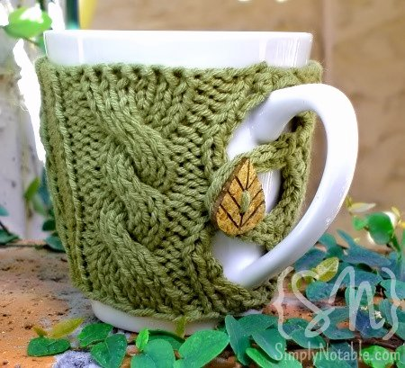 DIY Button Up Mug Cozy (via simplynotable)