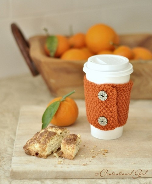 Knit Coffee And Tea Cozies Tutorials (via centsationalgirl)