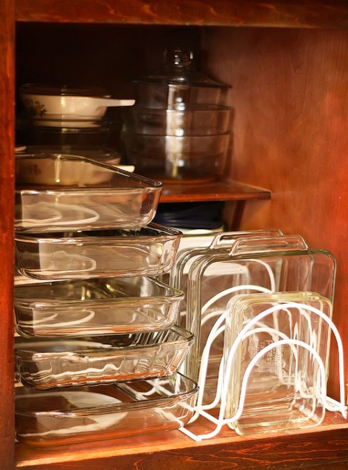 Racks to allow easy acces to baking dishes in a cabinet