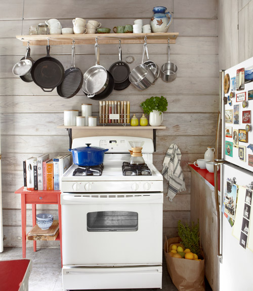 storing pots and pans in small kitchen - kitchen design ideas