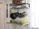 Modular rack with storage for a baker