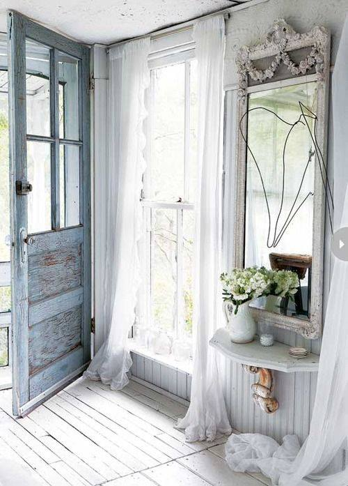 everyone loves shabby chic interiors so you can decorate your hallway in this style