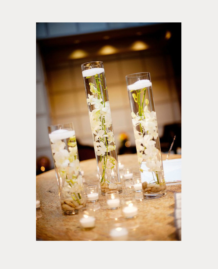 Floating Candles Centerpieces For Parties: 37 Floating Flowers And Candles Centerpieces