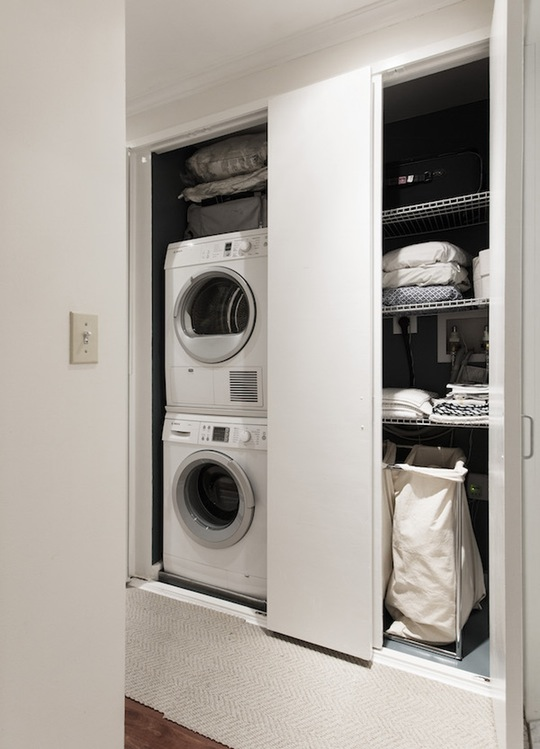 space saving laundry space idea for apartments