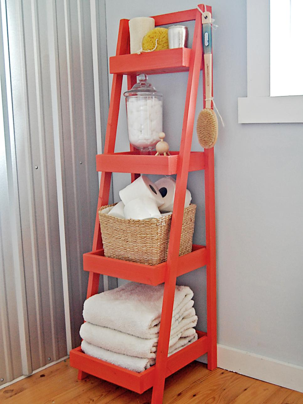 ladders are very useful to organize an open storage in a bathroom