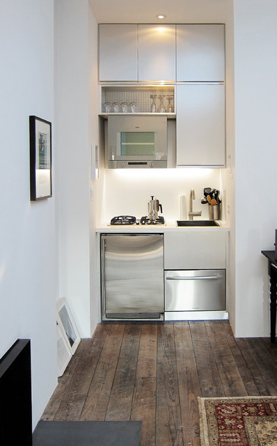 super tiny yet fully functional kitchen that occupy only one small niche