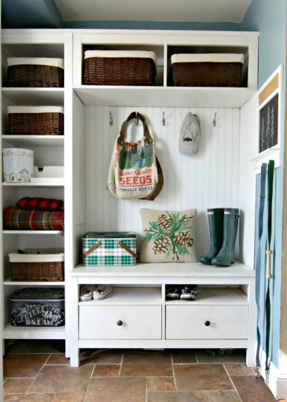 67 mudroom and hallway storage ideas shelterness. Black Bedroom Furniture Sets. Home Design Ideas
