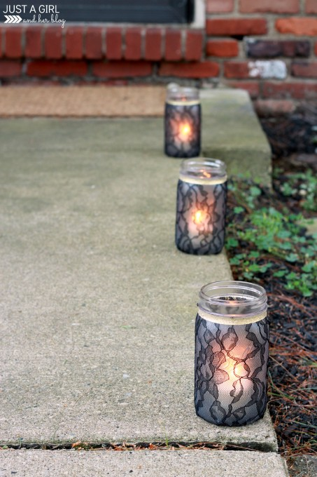 Nothing could be simpler than gluing up lace to mason jars. (via justagirlandherblog.com)