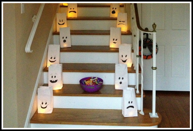 Simply draw happy, sad, scary, goofy faces on paper bags and put LED tea lights inside of them. (via www.crayonsandcollars.com)