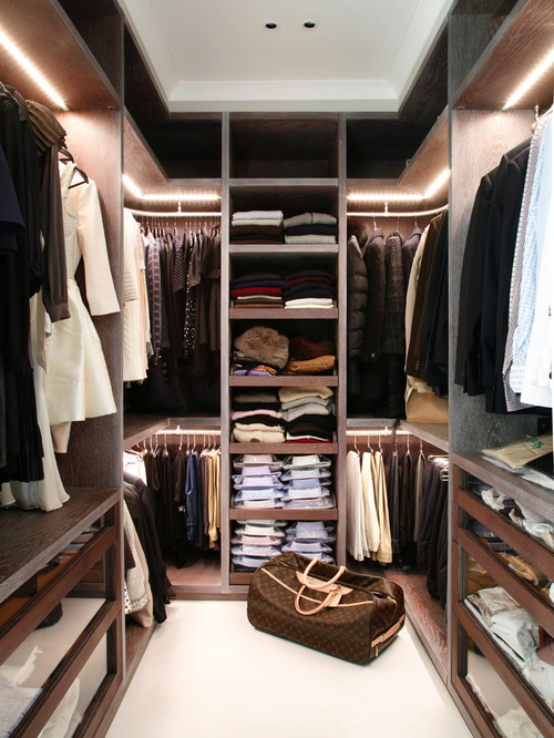 Bold Looking Closet In Dark Tones