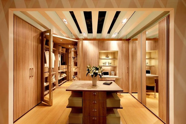 corner walk in wardrobe design - Small Walk In Closet Design Ideas