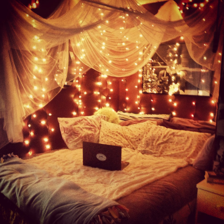 ideas to hang christmas lights in a bedroom - Bedroom Ideas Christmas Lights