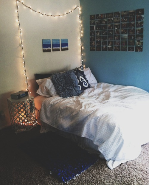 Wall Ideas For Bedroom Tumblr : Ideas to hang christmas lights in a bedroom shelterness