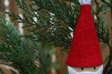 10-minute Santa ornament