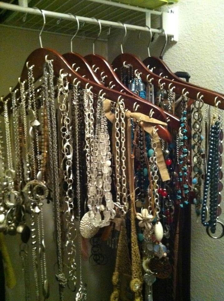 super simple yet supper effective jewelry closet organization idea