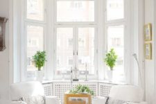 25 cool bay window decorating ideas