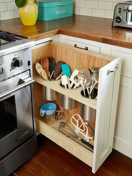 Perfect DIY Pull Out Utensil Bin Right Next To The Stove, Is A Clever Alternative
