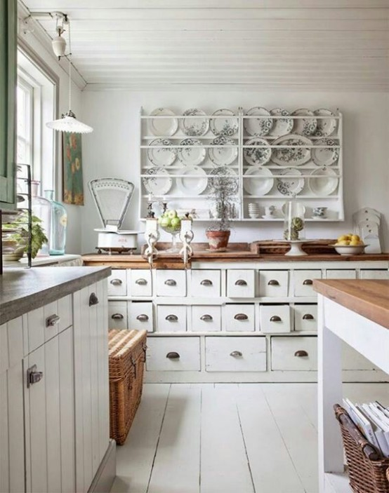 Cool charming shabby chic kitchen with lots of details