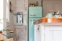 combine patterns with aged furniture and your kitchen would shine
