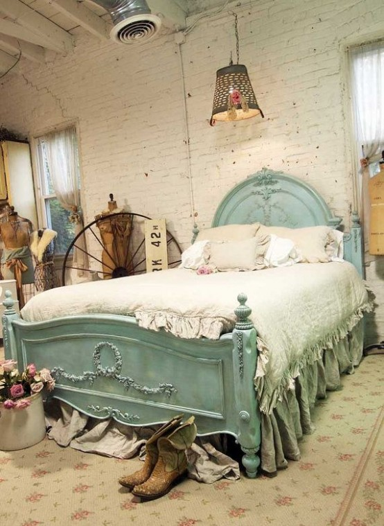lovely bed with a shabby chic look