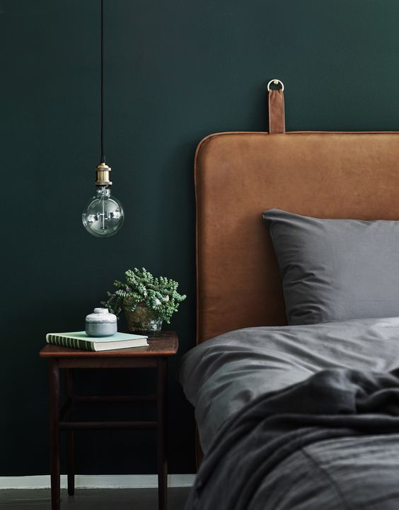 a single large industrial bulb is ideal for a retro industrial bedroom and will bring a chic touch to the space