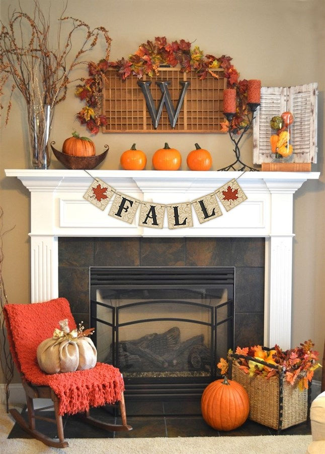 Decorate your mantel and fireplace according to fall