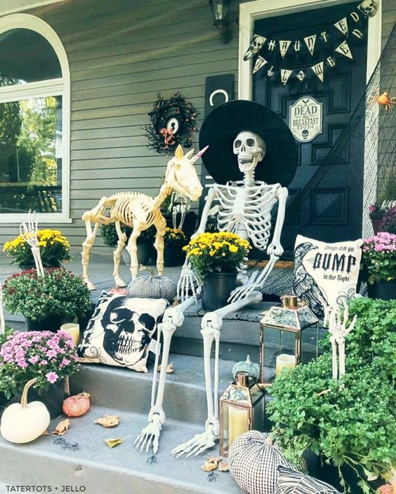 a creepy halloween porch decor