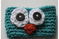 Super cute crochet owl coffee cup.