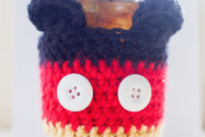 Mickey Mouse inspired coffee cup cozy pattern