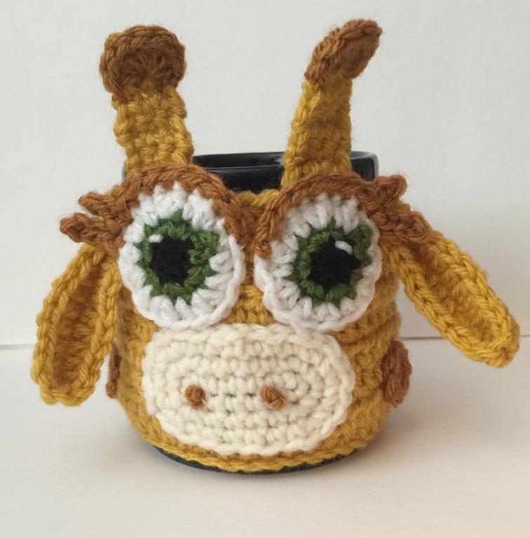 Giraffe tea cup cozy (via https:)