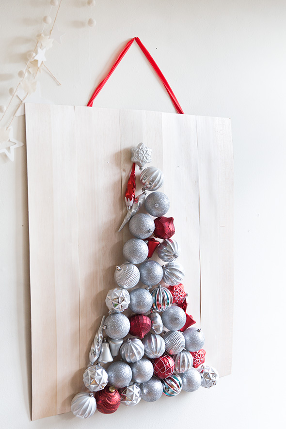 Christmas Wall Decor Diy : Beautiful diy wall ornament christmas tree shelterness