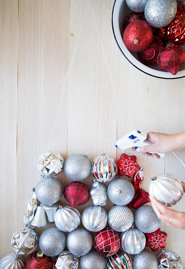 Picture Of beautiful diy wall ornament christmas tree  4