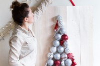 beautiful-diy-wall-ornament-christmas-tree-7