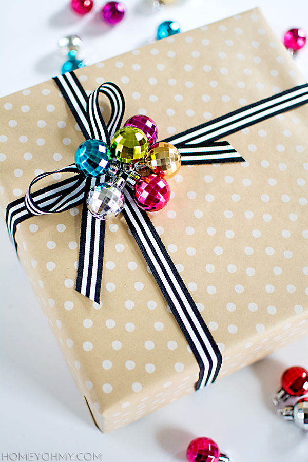 14 Cute Diy Christmas Gift Toppers To Make Shelterness