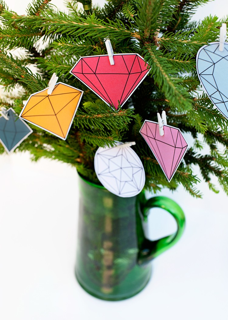 DIY 5 Minute Modern Gems Christmas Tree