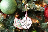 diy-birch-slice-ornaments-with-wood-burned-design-7