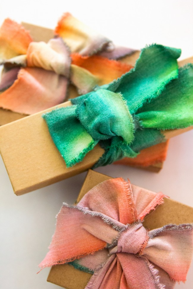 Picture Of diy dip dyed ribbons for wrapping your gifts  7
