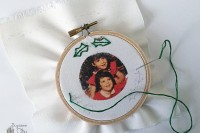 diy-embroidered-photo-ornaments-for-christmas-5