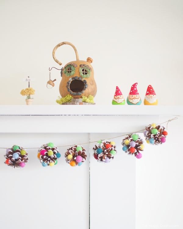 DIY Sugarplum Christmas Pinecone Garland